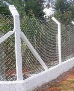 A Indústria de Telas Ramacrisna dispõe de telas, alambrados e cercas para lotes e terrenos. Proteja o seu patrimônio com as Telas Ramacrisna.